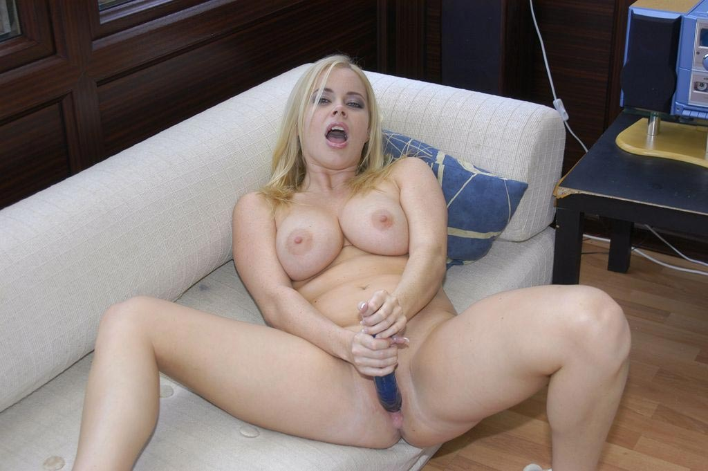 Alicia Rhodes In A Hot Gangbang -