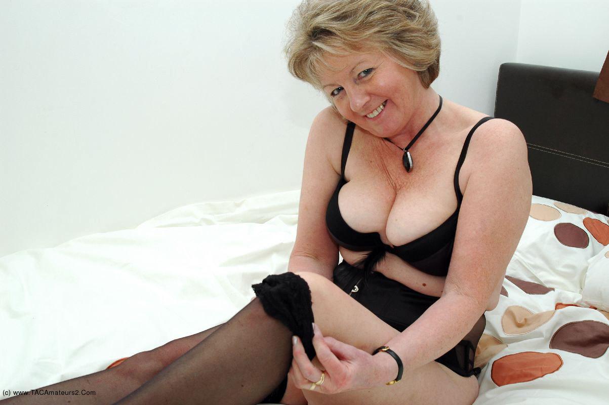 Amateur boudoir sex